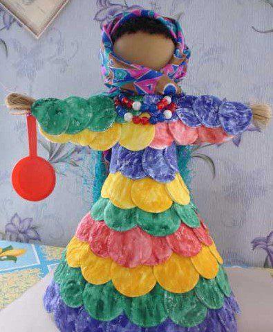 Как делать масленичные куклы?